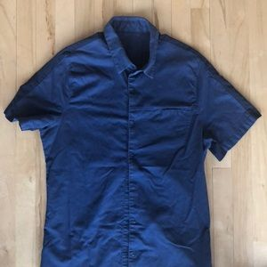 Men's Lululemon Blue Button Down Tee